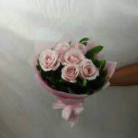 Buket bunga mawar fresh bouquet wisuda