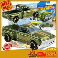 Hot Wheels 69 Chevy Pickup Super Treasure Hunt THS Factory Sealed 2020