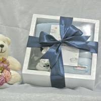 hampers bayi/baby gift/kado lahiran/gift set/box kayu putih/parcelbayi