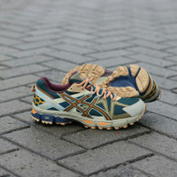 Sepatu Asics Gel KAHANA 8 Running Trail Brown Original