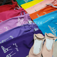 Kantong Sepatu Ballet - ballet position - Hitam