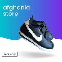 Sepatu sekolah anak laki laki perempuan perekat Nike Cortez hitam