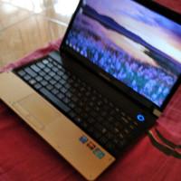 laptop Samsung core i3 bagus paten