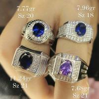 CINCIN EMAS PUTIH PRIA BLUE DIAMOND DN29012104