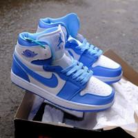 Nike jordan unc ( sepatu nike / sepatu tinggi )