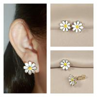Anting Jepit Klip/Tanpa Tindik/Earclip/Clip Earrings Ready Bunga SE027