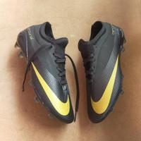 (REAL PICT)Sepatu sepak bola nike mercurial hitam gold import terlaris