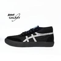 Sepatu Kodachi Galaxy Hitam Putih