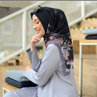Hijab Voal Segiempat Motif Bilqis Hitam Jilbab Segiempat Voal Motif