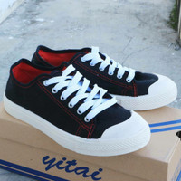 sepatu sneakers casual merk yitai