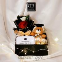 Hampers Wisuda / Hadiah Wisuda / Gift Box Wisuda / Boneka Wisuda