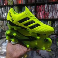 (REAL PICT) Sepatu sepak bola adidas predator hijau grade ori import