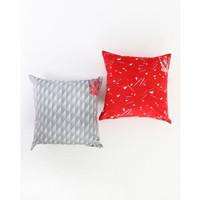 Liverpool FC 2 Pack Retro Cushion Covers, Sarung Bantal, Gift, Kado