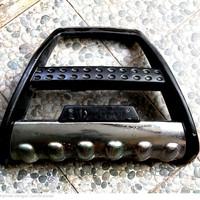bamper tanduk depan mobil terios