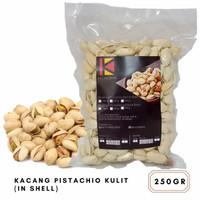 Kacang Pistachio Panggang Kulit / Kacang Fustuk 250gr