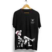T-shirt One Piece Luffy Duduk / Kaos Distro / Kaos Pria / Kaos Wanita