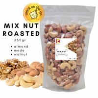MIX NUT 250gr Roasted Original Kacang Almond Mede Walnut Panggang