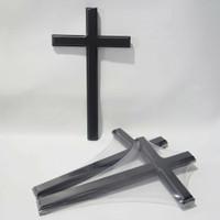 salib kayu polos - ukuran 30 cm x 17.5 cm