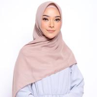 ZM Zaskia Mecca - Sadi Mocca Hijab Kerudung Segi Empat
