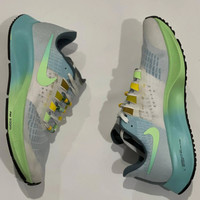 Sepatu Sneakers Nike Zoom Pegasus 37 Turbo White Tosca Blue Women