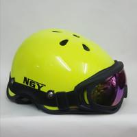 Helm Sepeda + Kacamata