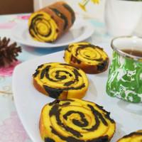 Lapis Gulung Prunes / Hampers kue ulang tahun cake lapis roll prunes