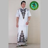 busana batik pria muslim setelan baju koko dan sarung