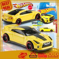 Die Cast Mobil Mobilan Hot Wheels 17 Nissan GT-R R35 Diecast Hotwheels