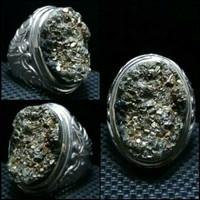 Cincin batu akik pirit badar emas Papua antik