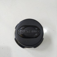 dop velg / tutup velg roda Nissan Datsun go original
