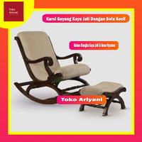 Kursi Goyang Kayu Jati Decorhand dengan Pijakan Kaki dan Bantalan Sofa