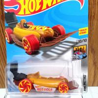 mobil hotwheels street wiener ORI/MAINAN ANAK