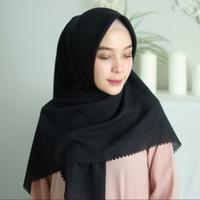 Kerudung segi empat lasercut / hijab bella square lasercut - Hitam