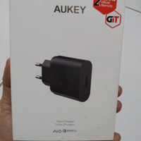 Charger Aukey PA T9
