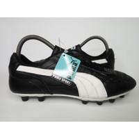 Sepatu Bola Kulit PUMA KING-hitam-putih