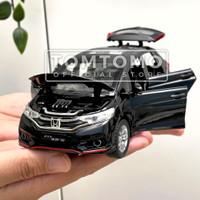 Honda Jazz Fit Tomtomo Mobil Mobilan Diecast Besi Miniatur Mainan Anak - Putih