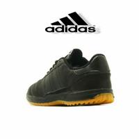 Sepatu futsal Adidas kulit polos hitam / sekolah / kulit asli / 100% k