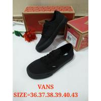 Sepatu pria sekolah VANS hitam polos kanvas size 36 37 38 39 40 43
