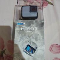 GoPro Hero 7 White, gak jadi pake, masih baru. gak pernah pake.