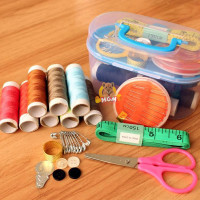 Sewing kit perlengkapan jahit untuk traveling jarum jahit benang