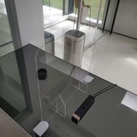 pembatas akrilik 5mm, partisi ruangan , sekat akrilik