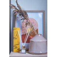 Lavender Garden Reed Diffuser Aromatherapy Pengharum Pewangi Souvenir