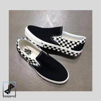 Sepatu vans original Vans Slip On Sidewall Checkerboard Black White