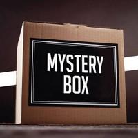 Mistery Box Action Figure Anime Random
