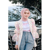 SIDELINE - Sonya Outer - Lesty Series