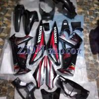 Cover body ful set supra X 125 Old hitam 2005 -2007