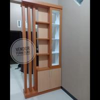 Penyekat Ruangan 2 Muka Partisi HPL Industrial - Furniture Jepara
