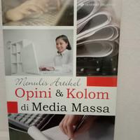 buku menulis artikel opini dan kolom di media massa