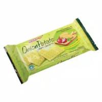 Biskitop Biskuit Onion Potato Crispy Crackers 70gram 70 gram