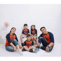 Kaos Baju pakaian couple sarimbit keluarga never give up merah bata